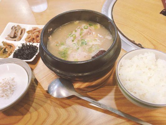 サムゲタン (参鶏湯)